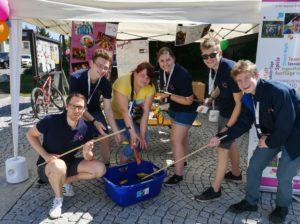 """""""You(th) in action"""" - Die Evangelische Jugend in der Region Günzburg präsentiert sich und ihre Arbeit beim Verbändetag in Günzburg @ Stand auf dem Lannion-Platz in Günzburg"""